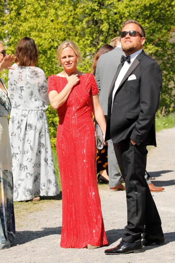 KLARE FOR BRYLLUP: Solveig Kloppen var blant gjestene da Stian Blipp og Jamina Iversen giftet seg lørdag. Foto: Tor Lindseth