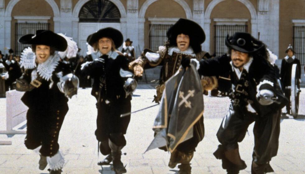 "EN FOR ALLE: Aramis, d'Artagnan, Porthos og Athos fra Richard Lesters film ""De tre musketerer"" fra 1973."