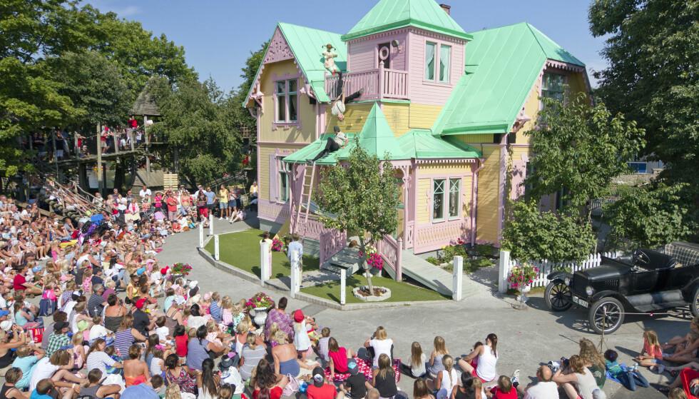 PIPPI LEVER VIDERE: I Kneippbyn utenfor Visby på Gotland er Villa Villekulla godt bevart. Hver sommer er det Pippi-show her. Foto: Kneippbyn