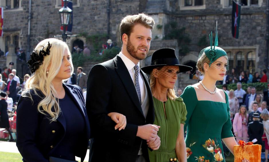 KJEKKAS: Louis Spencer deltok lørdag i bryllupet mellom prins Harry og Meghan Markle. I etterkant har flere bitt seg merke i utseendet til den unge visegreven. Foto: NTB scanpix