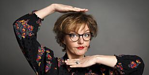VISTE NETTA-PARODI: Komiker Sanne Wallis de Vries har sitt eget program på den nederlandske TV-kanalen BNNVARA. Netta-parodien ble framført på programmet hennes. Foto: Bob Bronshoff