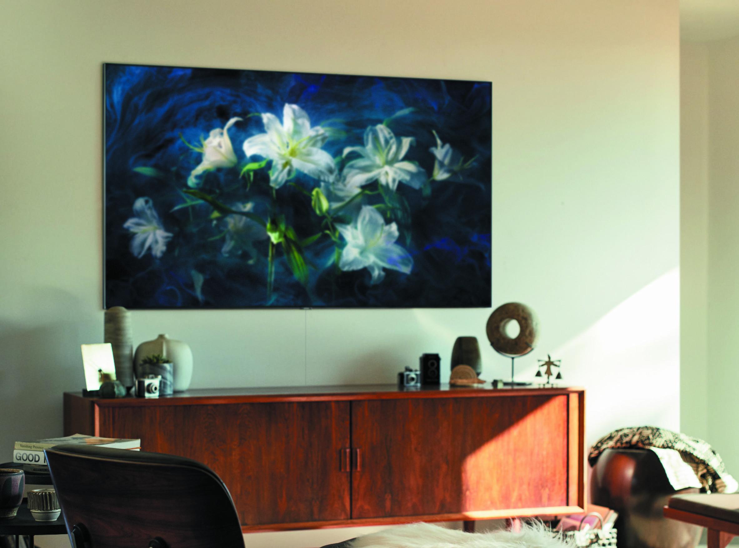 FARGERIK: Samsung QLED TV imponererer både med farger og sortnivå.