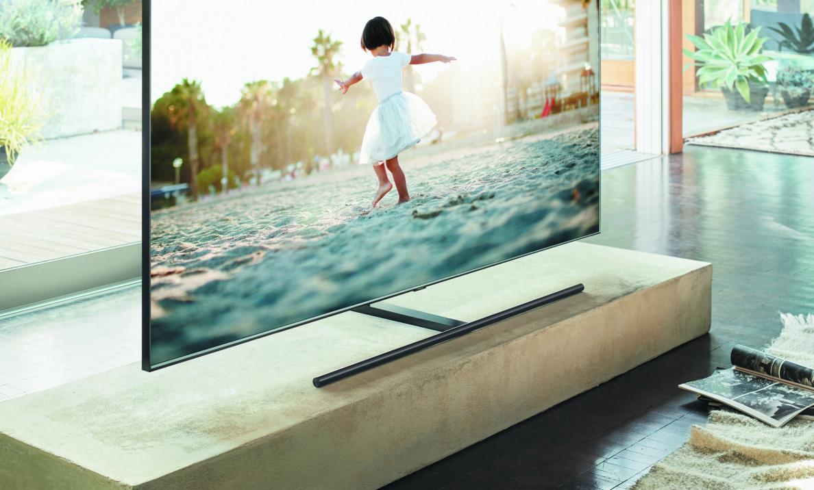 UTEN LEDNINGER: One Invisible Connection gjør at TV-en blir ekstra pent, uten masse kabler.