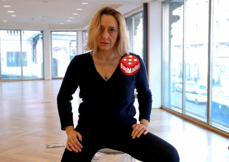 FEMINIST OG AKTIVIST: Den franske forfatteren Virginie Despentes har skrevet trilogien om den akterutseilte rockeren Vernon Subutex. Første bind er nå oversatt til norsk. Foto: EPA / NTB Scanpix