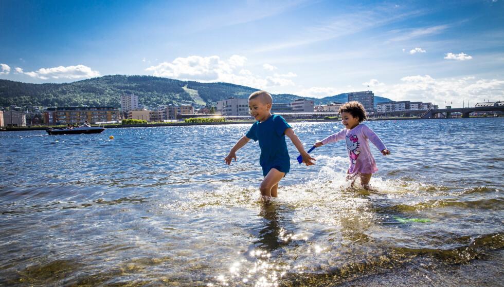 SYDENTEMPERATUR: Drammen fikk temperaturer over 30 grader fredag. Det kan fort skje igjen søndag, ifølge meteorologen. Foto: NTB scanpix
