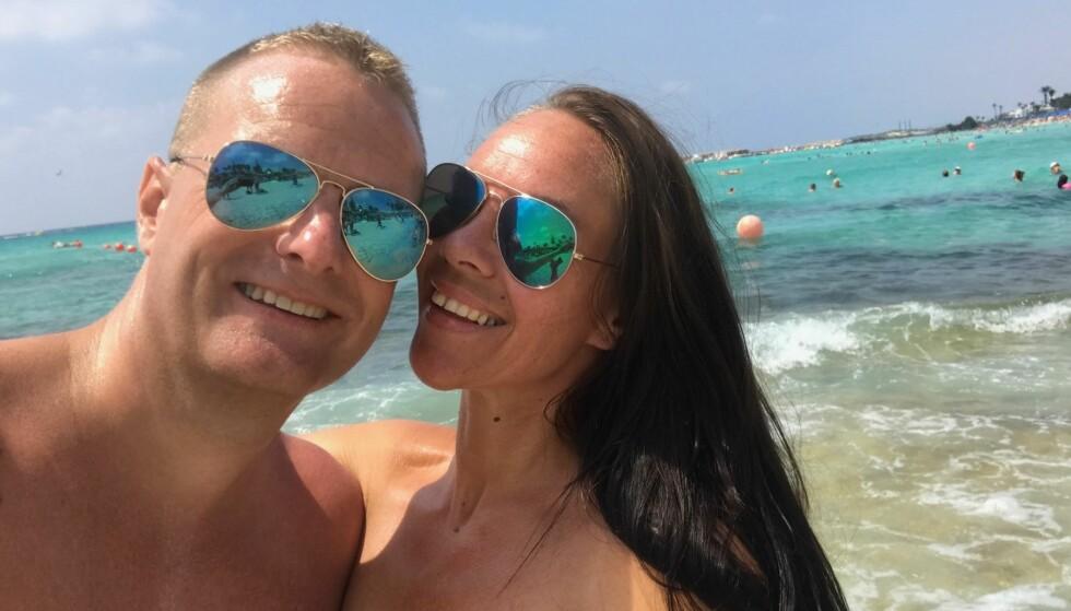 CHARTERTRØBBEL: Gøran Anderson og kjæresten May Lill Engebretsen fikk en utrivelig slutt på charterturen til Kypros. Foto: Privat.