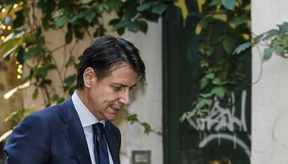 GIR OPP: Giuseppe Conte trakk sitt presidentmandat til å bli Italias neste statsminister. Foto: Fabio Frustaci / ANSA via AP / NTB scanpix