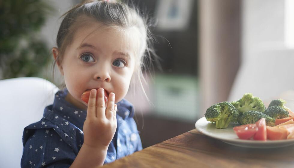 IKKE ALLTID ALLERGI: To av tre barn tester negativt på matallergi på Rikshospitalet, opplyser ernæringsfysiolog Vibeke Østberg Landaas. Foto: Shutterstock