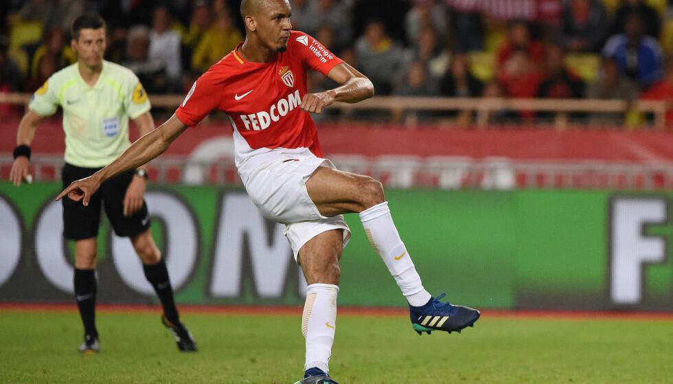Soccer Football - Ligue 1 - AS Monaco vs AS Saint-Etienne - Stade Louis II, Monaco - May 12, 2018   Monaco's Fabinho scores their first goal from a penalty   REUTERS/Jean-Pierre Amet