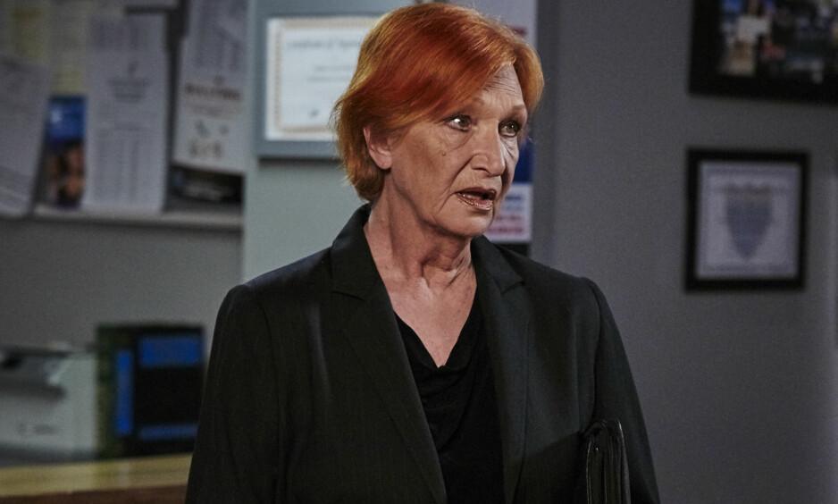DØD: Skuespiller Cornelia Frances, kjent fra tv-serien «Home and Away» er død. Hun ble 77 år gammel. Foto: TV2