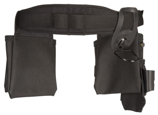 BEHAGELIG BELTE: Verktøybeltet er av ekte skinn med detaljer i mokka og nylon.