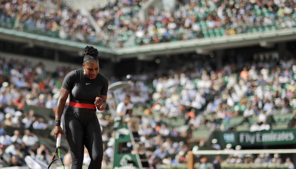 SEIER: Serena Williams slo Krystina Pliskova i første runde i Roland-Garros tirsdag. Foto: AP Photo/Alessandra Tarantino/NTB scanpix.