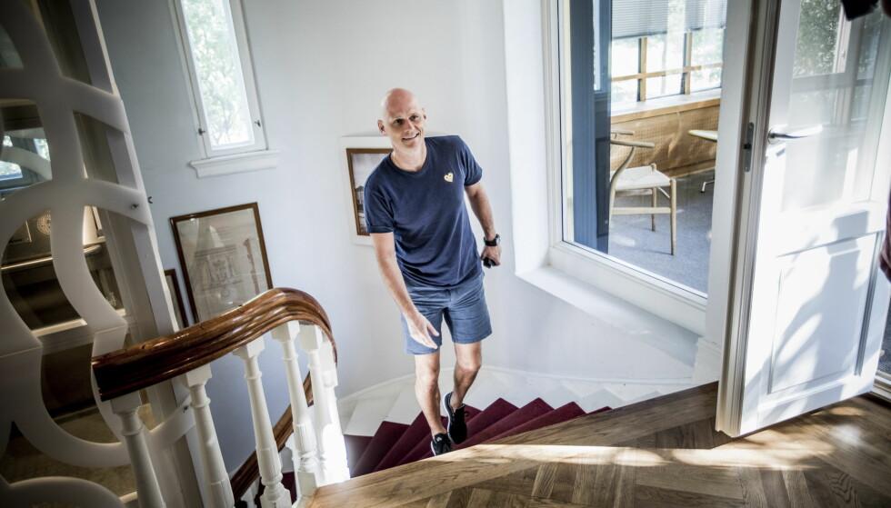 GLAD: Ståle Solbakken setter stor pris på hedersprisen, men er først og fremst glad for at dette vil gi ekstra fokus på flyktninger som trenger hjelp. Foto: Christian Roth Christensen / Dagbladet