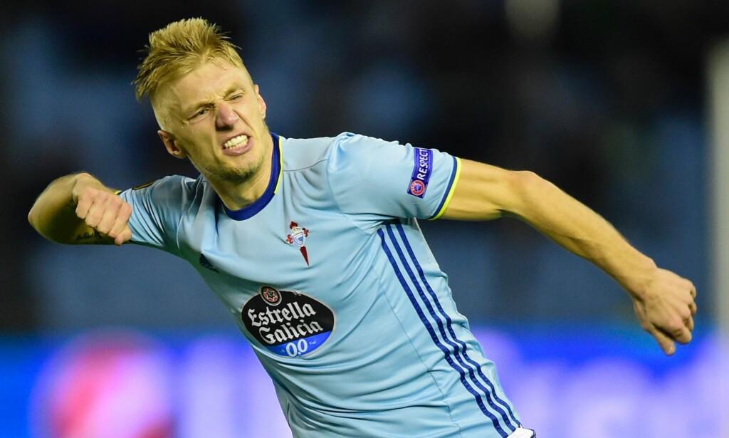 IRRITERT: Daniel Wass er lei av å bli beskyldt for å være illojal og legger skylden på det danske fotballforbundet for at han ikke er med i Danmarks VM-tropp. Foto: AFP PHOTO / MIGUEL RIOPA /NTB scanpix