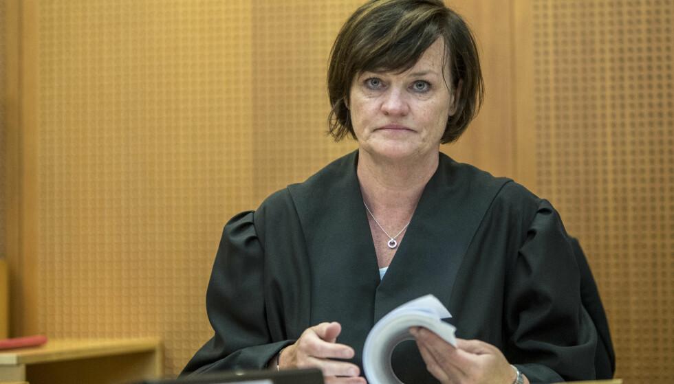 FORSVARER: Mette Yvonne Larsen forsvarer den tiltalte finansprofilen i Oslo tingrett. Foto: Ole Berg-Rusten / NTB scanpix