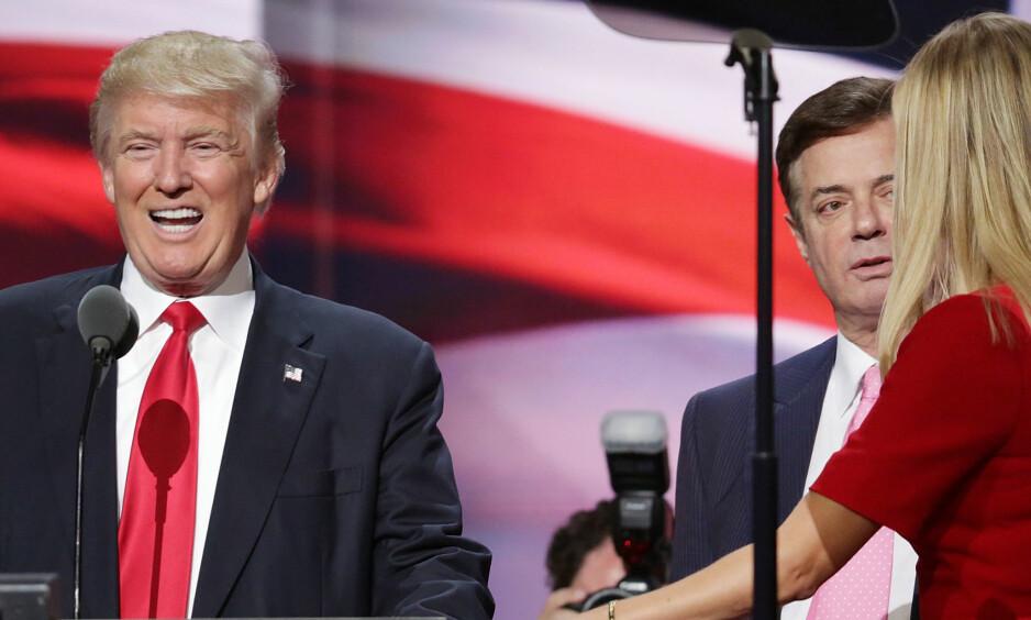 «VIP-AVDELING»: Paul Manafort (t.h.), Donald Trumps tidligere valgkampsjef, sitter nå varetektsfengslet i et fengsel i delstaten Virginia. Her sitter han på det fengselet selv beskriver som en «VIP-avdeling». Foto: NTB Scanpix