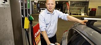 Sp vil senke bensinprisen til rødgrønt nivå