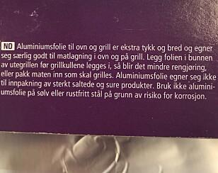 LITEN SKRIFT: Les bruksanvisningen på aluminiumspakken, for den inneholder viktig informasjon om bruksbegrensinger. Foto: Aase Dotterud