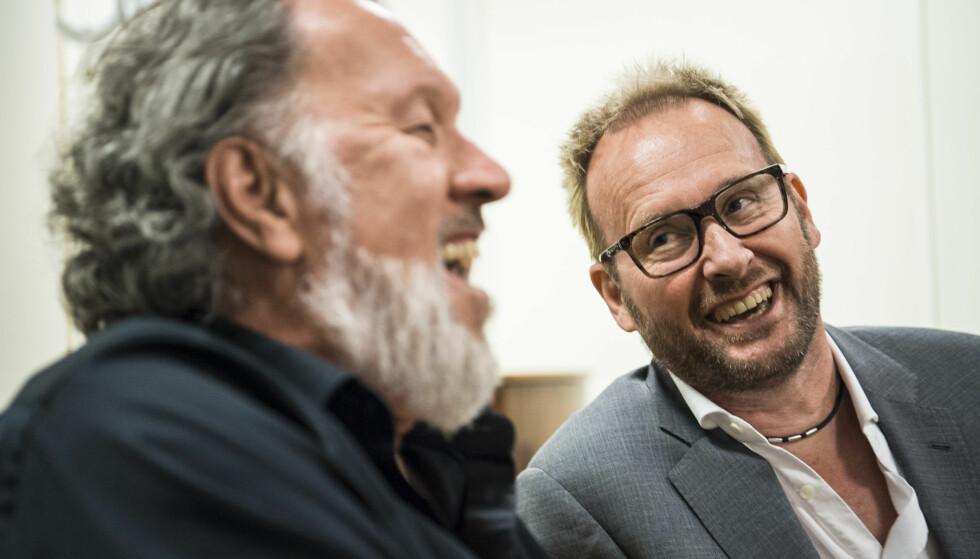 HUMOR: De to kameratene gikk fra en følelsesladet opptreden på scenen, til spøk og latter backstage etter konserten. Foto: Lars Eivind Bones / Dagbladet