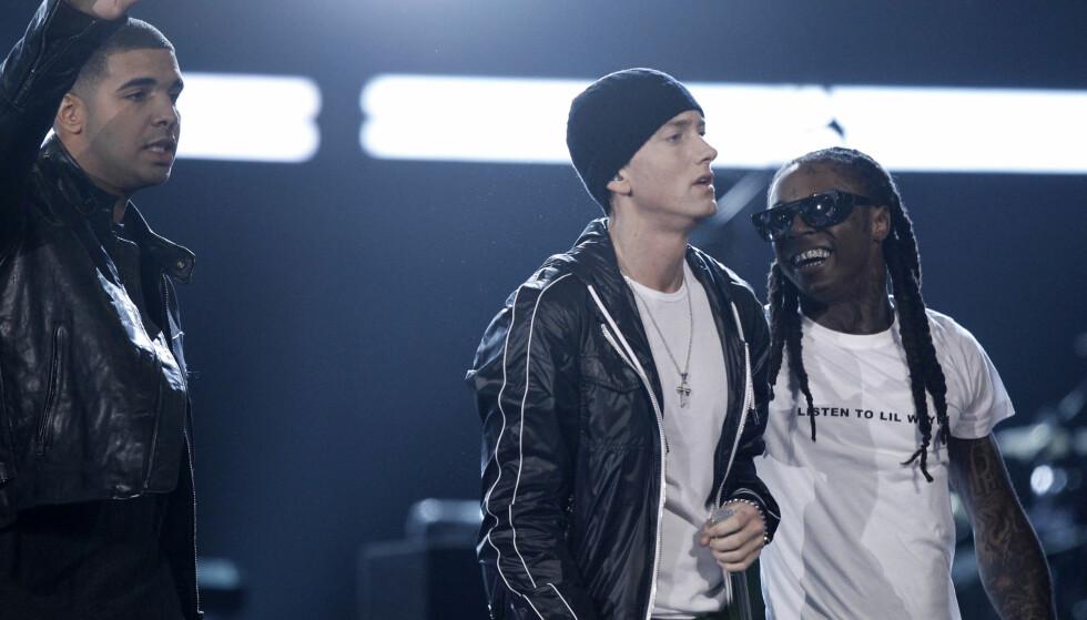 BLANT DE STORE: For over åtte år siden spilte Lil Wayne med sin etterfølger Drake, og hiphop-legenden Eminem. Foto: Matt Sayles / AP / NTB Scanpix
