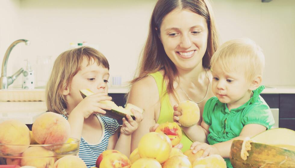RISIKO: Gravide og små barn (under fem år) bør være særlig forsiktig med melon som har ligget oppskåret i romtemperatur en stund. Foto: Iakov Filimonov / Shutterstock / NTB scanpix