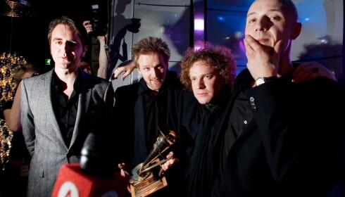 SPELLEMANN-VINNERE: Madrugada vant tre Spellemannpriser i 2006. Fra venstre: Frode Jacobsen, Erland Dahlen, Robert Burås og Sivert Høyem. Foto: Eirik Helland Urke / Dagbladet