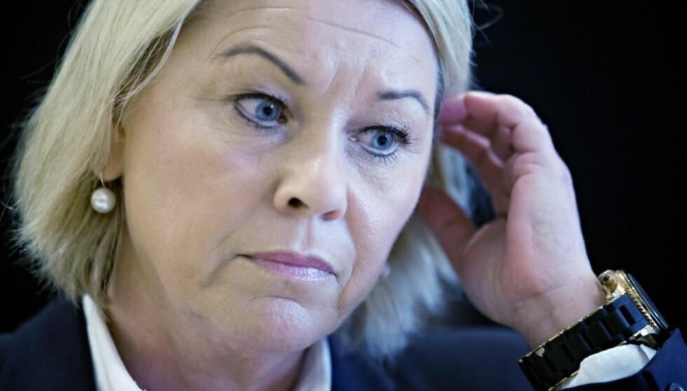 BØYER IKKE AV: Kommunalminister Monica Mæland. Foto: NTB Scanpix.