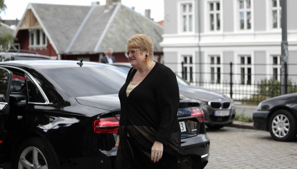 TIL STEDE: Kulturminister Trine Skei Grande var blant dem som kom for å hedre Fosheim. Foto: Nina Hansen