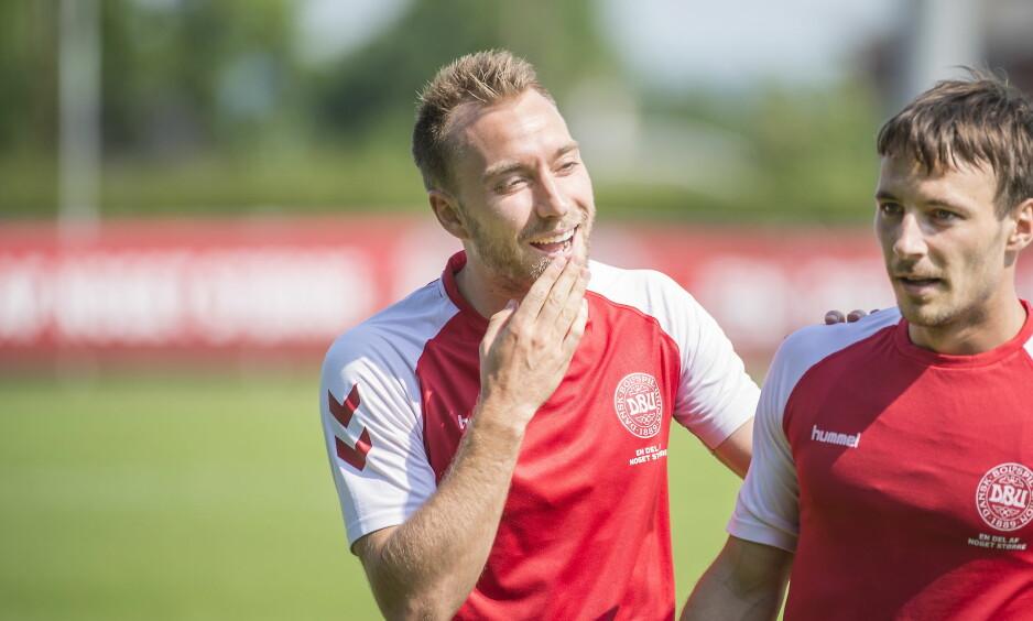 STJERNE: Christian Eriksen er Danmarks store profil og en ettertraktet mann. Foto: Hans Arne Vedlog