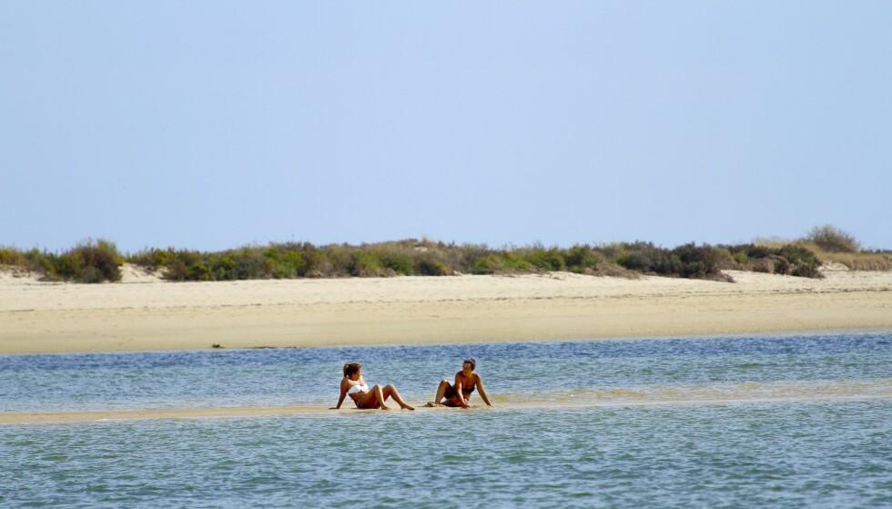 BADELIV: Algarve-kysten er kjent for sine mange vakre strender. Det er ingen overdrivelse. Foto: Runar Larsen / Magasinet Reiselyst