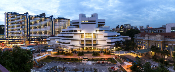 DØMT: Det var her i Singapores State Courts-bygning at nordmannen ble dømt. Foto: Chensiyuan / Wikimedia Commons