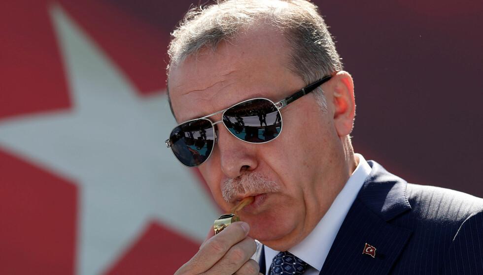 SLIPPER BILLIG: Tyrkias president Recep Tayyip Erdogan slipper billig unna etter invasjonen i Syria. Foto: REUTERS/Murad Sezer