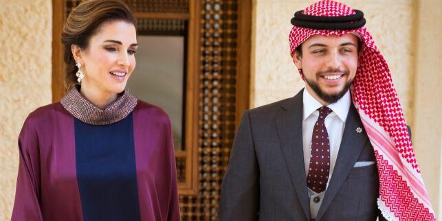 Herjer på Instagram. Slik er kronprinsen av Jordans luksusliv