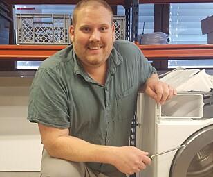 Daglig leder Kim Morbech i SMC Service AS mener at forbrukerne stort sett passer godt på oppvaskmaskinene sine. Foto: privat