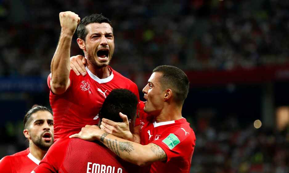 VIDERE: Sveits møter Sverige i åttedelsfinalen. Foto: Murad Sezer / Reuters / NTB Scanpix