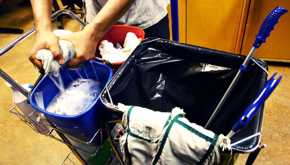 HVIT VASK: En ny lov trer snart i kraft. Nå må alle privatpersoner sørge for rent mel i vaskeposen. Foto: Bjørn Langsem.