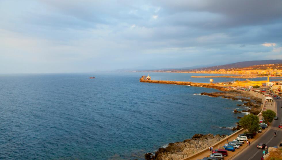 KVELDSBAD: Den 55 år gamle russiske kvinnen skulle bare ut for å ta seg et kveldsbad på stranda i Rethymnon, men endte med å tilbringe 20 timer ute på åpent hav før hun ble reddet. Illustrasjonsfoto: NTB Scanpix