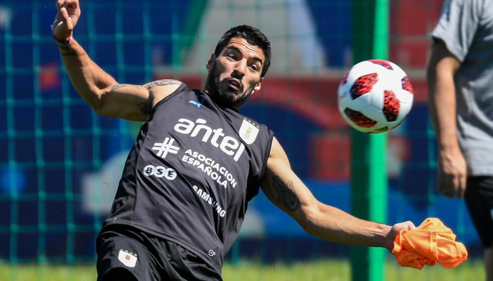 HAR SELVTILLIT: Luis Suarez. Foto: AFP PHOTO / Martin BERNETTI