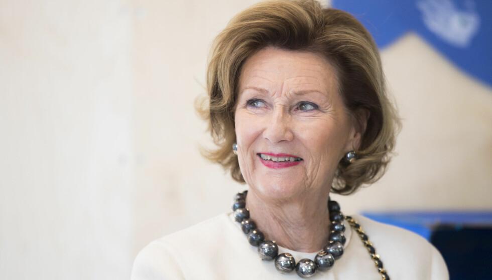 DRONNING SONJA HAR BURSDAG: Onsdag 4. juli fyller dronning Sonja 81 år. Kong Harald befinner seg imidlertid i utlandet på dagen. Foto: NTB Scanpix