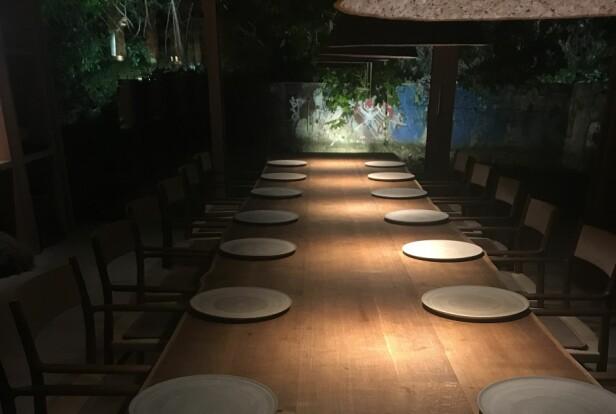 DIN SJANSE: På Noma finnes det et stort bord som ofte er ledig. Her kan hele grupper booke seg inn.