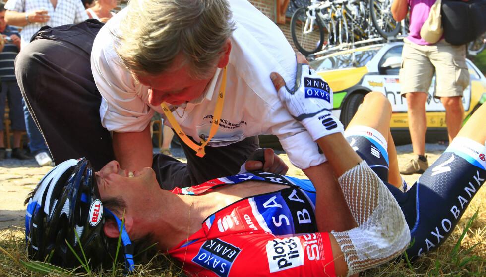 GAME OVER: Frank Schleck et av ofrene i 2010. AFP PHOTO / JOEL SAGET