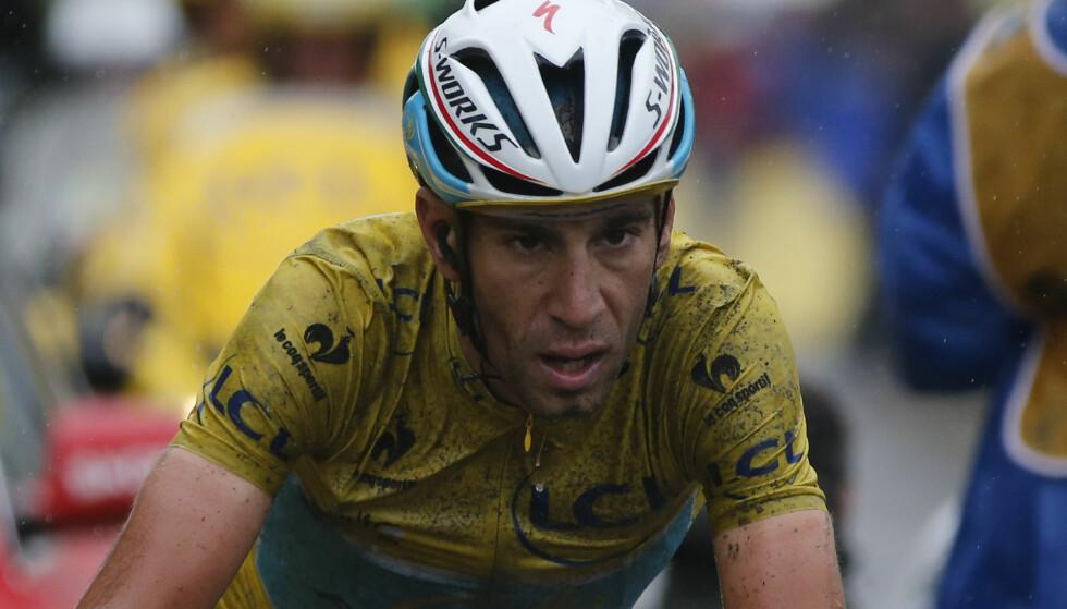 SLO TIL: Nibali tok minutter på rivalene da touren besøkte Roubaix i 2014. AFP PHOTO / FRANCOIS LO PRESTI
