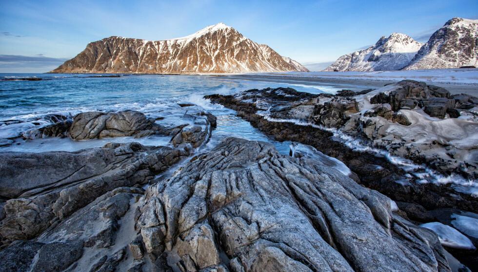 DYREBART NATUR: Skagsanden i Lofoten. Foto: NTB scanpix