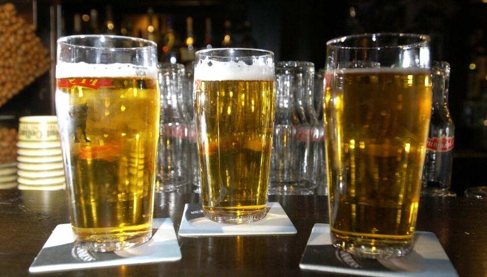 PÅ KORNET: Blir øl dyrere? Dersom kornprisene stiger må vi også forvente at ølprisene stiger, tror norske bryggerier. Foto: Scanpix