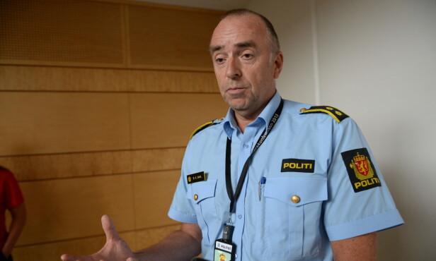 ÅSTED: Seksjonsleder Bjørn Kåre Dahl møter pressen på politihuset i Stavanger fredag formiddag. Han forteller at politiet har en formening om hvor åstedet er. Foto: John Terje Pedersen / Dagbladet