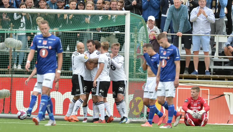 PÅ TOPP: Rosenborg vant 3-1 mot Ranheim søndag kveld, og tok med det over serieledelsen i Eliteserien. Søndag gjenstår det å se om Brann slår tilbake. Foto: Ned Alley / NTB scanpix