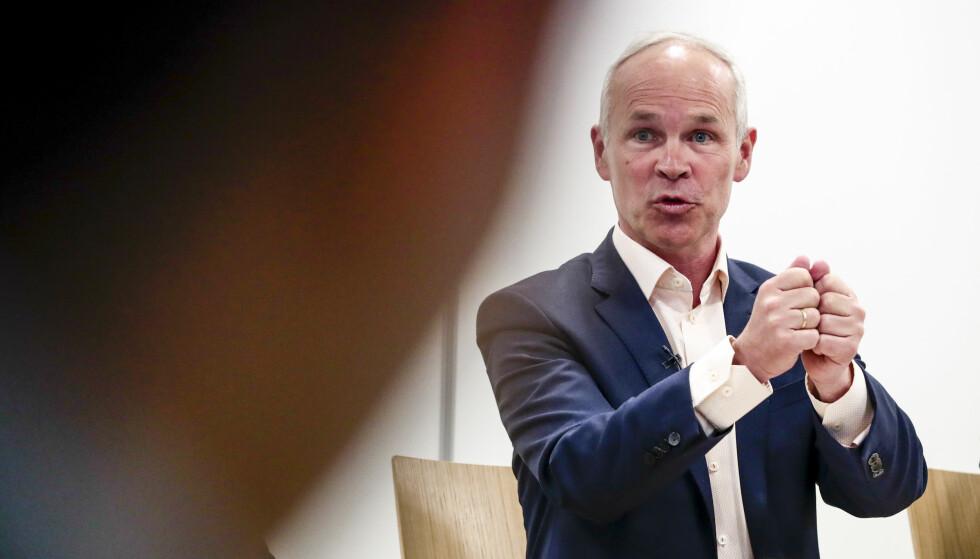 VIL STILLE KRAV: Kunnskaps- og integreringsminister Jan Tore Sanner mener Norge må lykkes bedre enn man har gjort så langt for ha en bærekraftig innvandrings- og integreringspolitikk. Foto: Lise Åserud / NTB scanpix