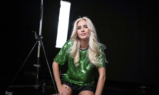 AMALIE SNØLØS: 22-åringen blir å se i årets sesong. Foto: Joakim Kleven / TV 2