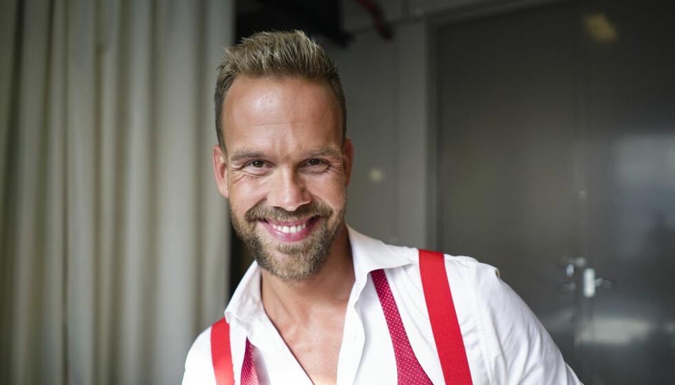 KLAR FOR DANS: Morten Hegseth blir å se på dansegulvet til høsten. Foto: Joakim Kleven / TV 2