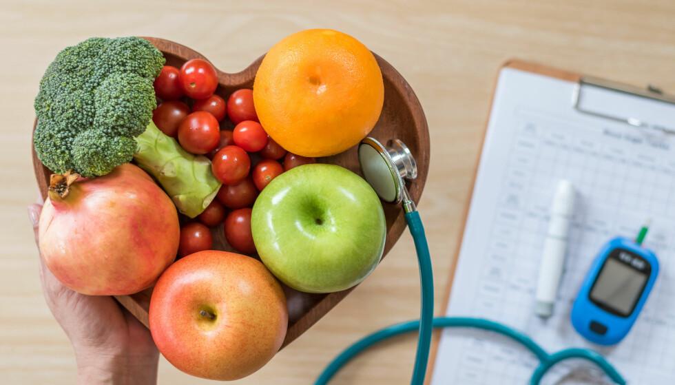 SENK BLODSUKKERNIVÅET: Å legge om kostholdet ved diabetes type 2 er første steg mot et symptomfritt liv, ifølge eksperter. Foto: Chinnapong / Shutterstock / NTB scanpix
